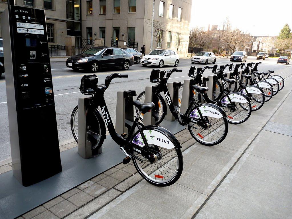 Mobilitate alternativă: Sibiul va avea peste 40 de centre pentru închirierea de biciclete