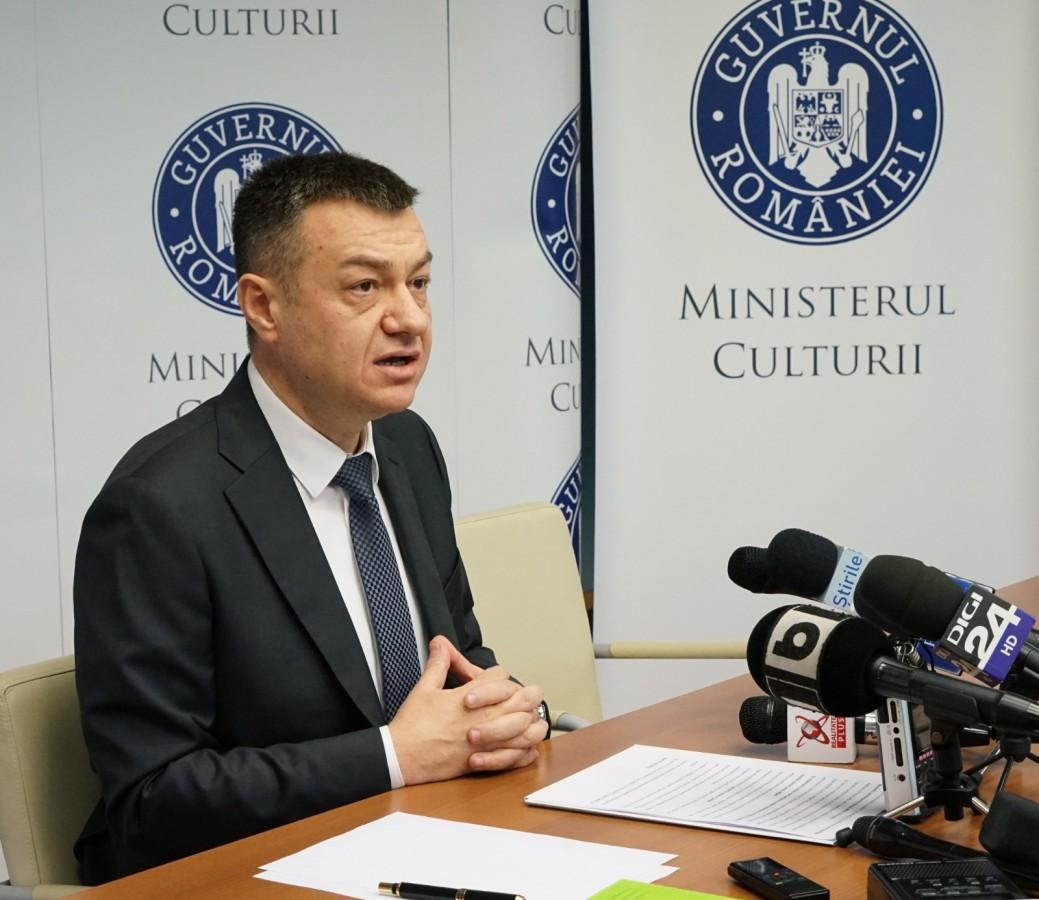 """Ministrul Culturii, de Ziua Mondială a Libertății Presei: """"Mulțumesc jurnaliștilor pentru curaj"""""""
