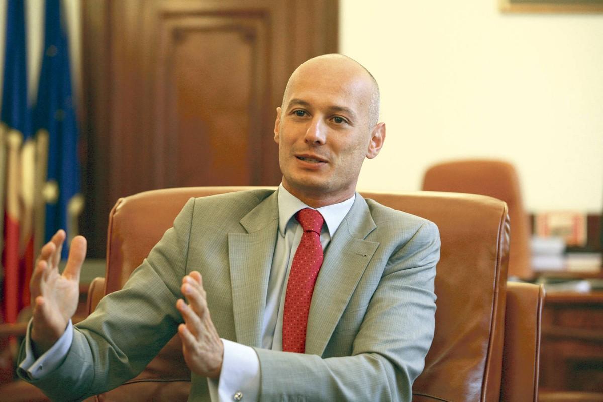 Fostul președinte al Camerei Deputaților, Bogdan Olteanu, condamnat la 7 ani de închisoare
