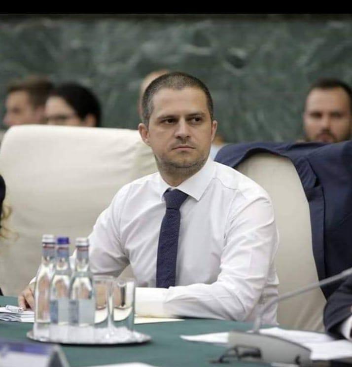 Bogdan Trif: PNL pedepsește copiii din România