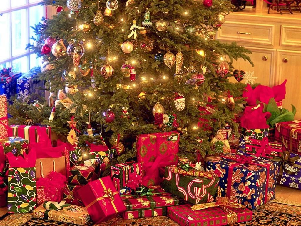 Studiu: Bugetul mediu pentru cadourile de Crăciun a crescut față de 2018