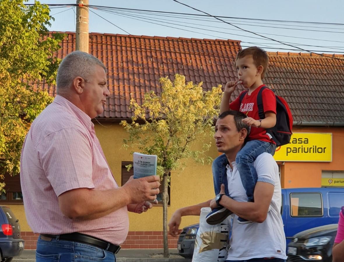 """Întâlnire cu sibienii din Terezian. Caravana """"PlăteșteCâtArunci"""" se încheie vineri pe strada Lungă"""