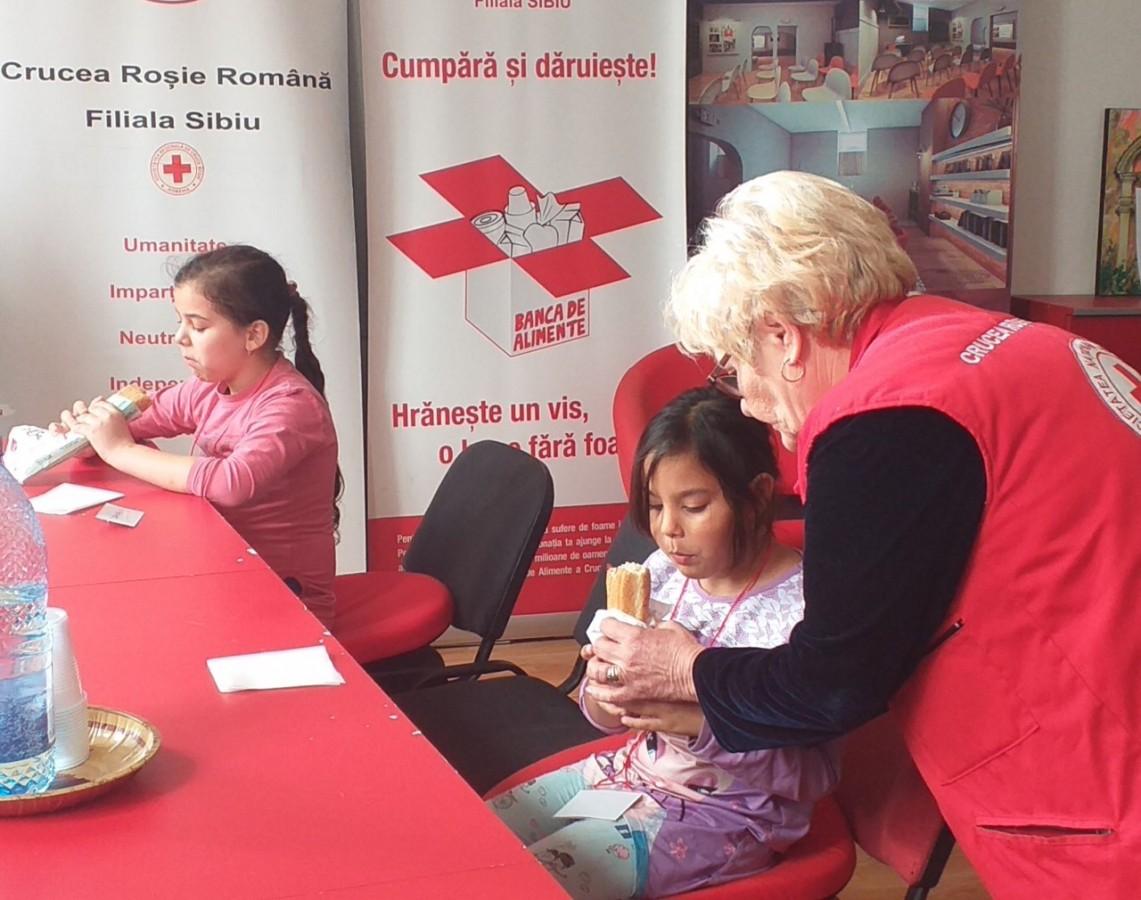 Crucea Roșie Sibiu a deschis un centru de zi pentru copii proveniți din familii vulnerabile