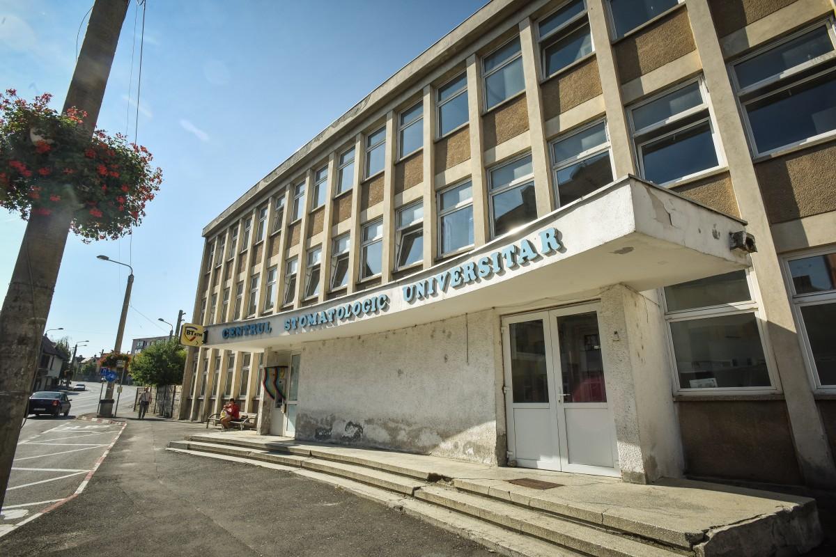 Apel disperat pentru stomatologii sibieni de la urgențe: au mare nevoie de măști de protecție. Reacția spitalului