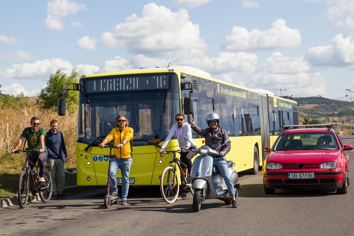 Test drive în Sibiu, cu mașina, scuterul, bicicleta, trotineta și autobuzul. Care e mai rapid?