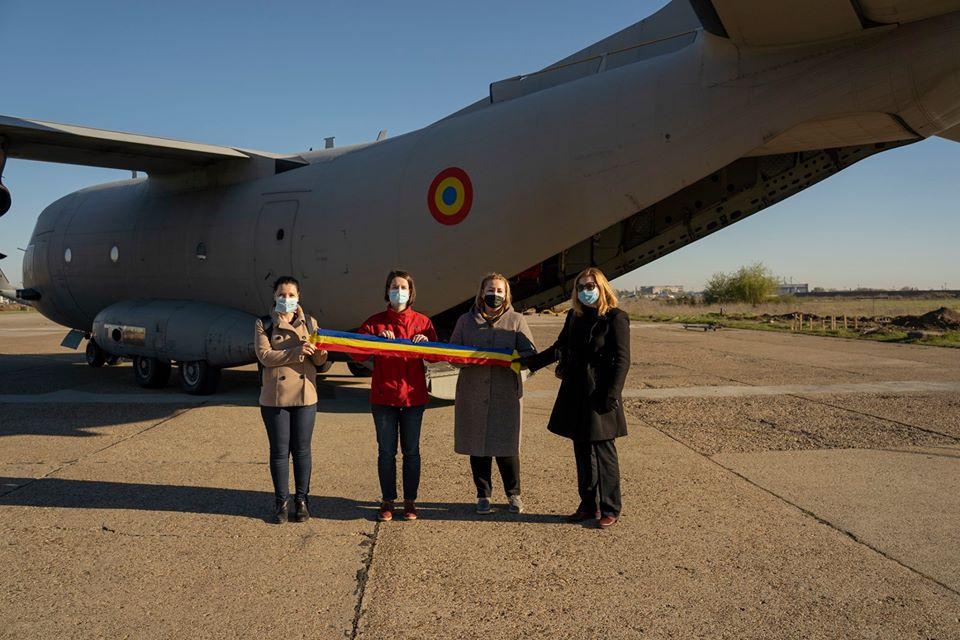 O echipa de medici și asistenți medicali români auplecatîn Italia pentru a ajutala combaterea epidemiei COVID-19