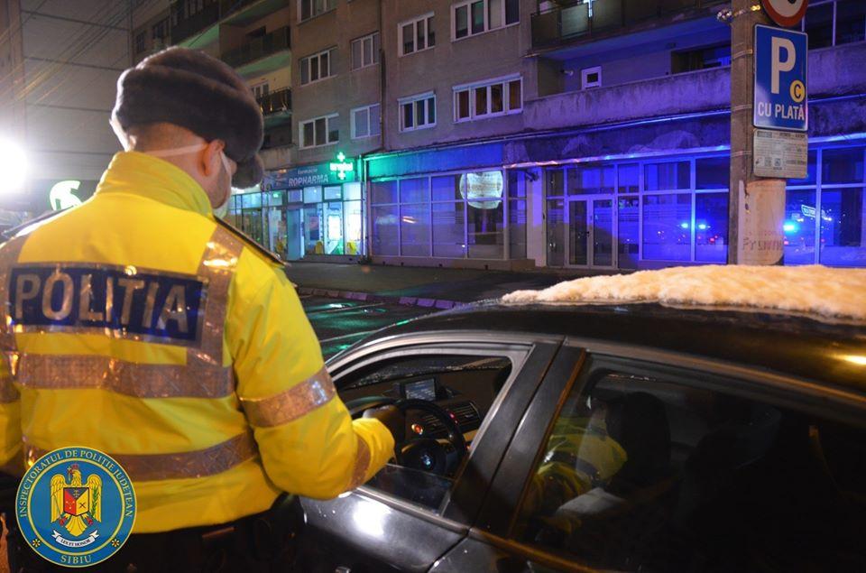 Unii sibieni ignoră pandemia. Polițiștii au amendat șoferi băuți sau fără permis, în weekend