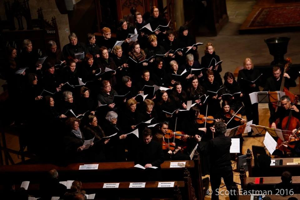 Concert cu corul Bach la Biserica Reformată