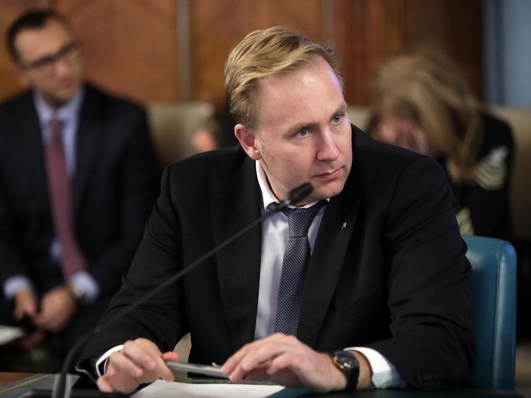 Ministrul Costache și-a dat demisia