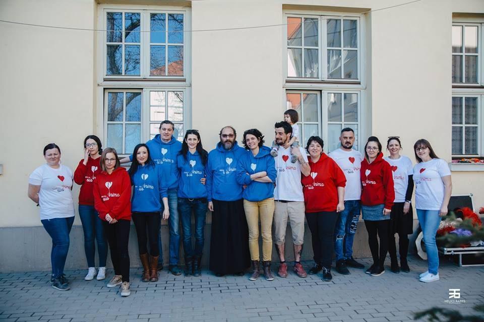 """Grupuri de suport la Sibiu, pentru cei afectați de cancer. """"Am creat o comunitate"""""""