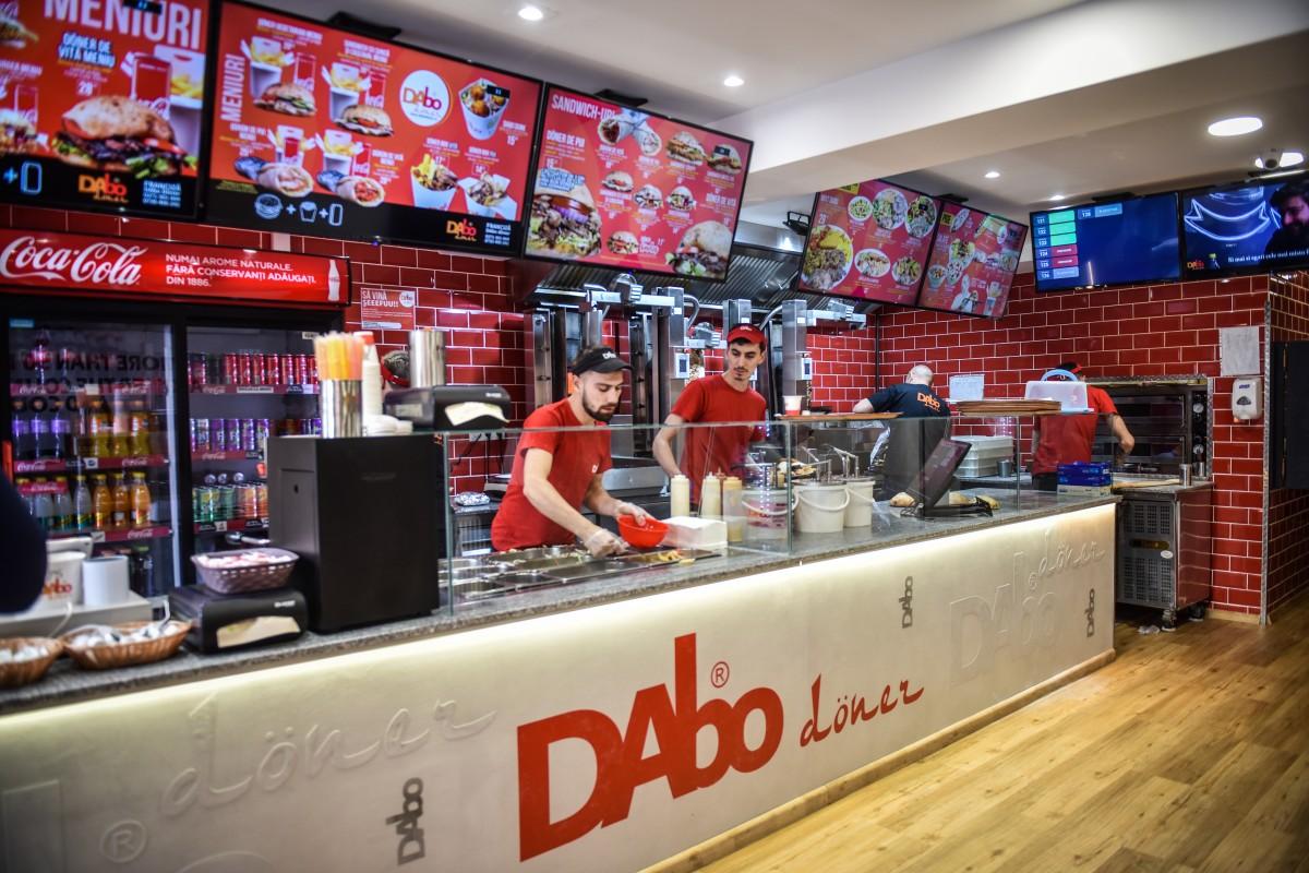 Dabo Doner și-a redeschis locația de pe Milea. Restaurant renovat, mâncare la fel de gustoasă