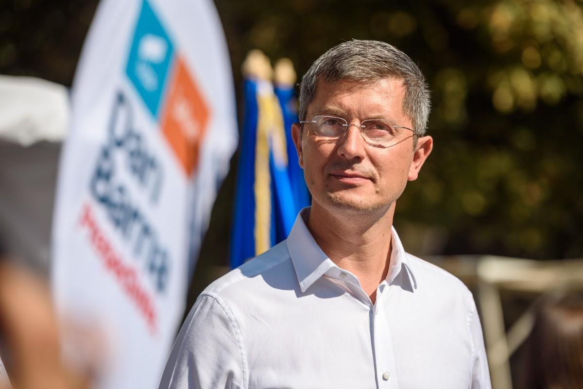 Sibianul Dan Barna și-a depus candidatura pentru alegerile prezidențiale