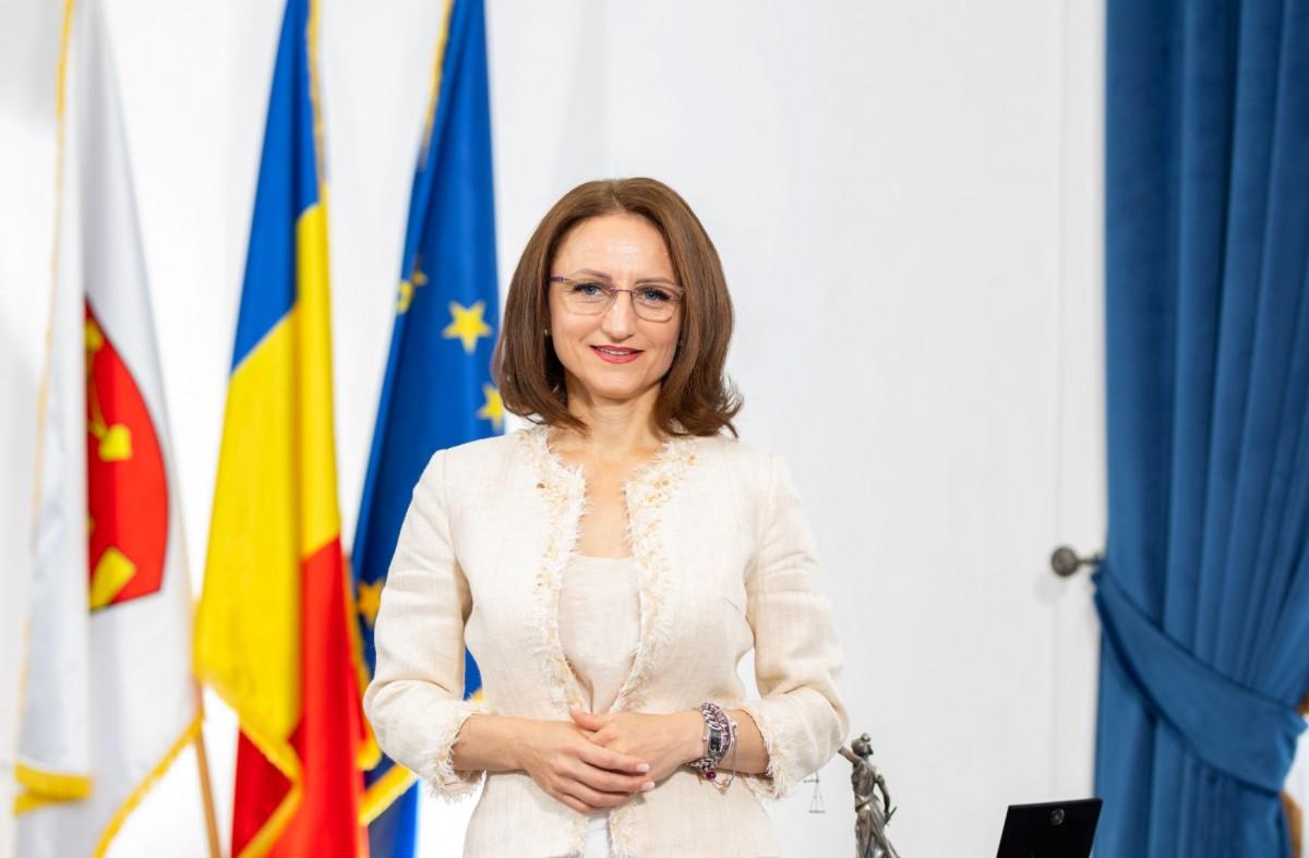 Daniela Cîmpean, președinta CJ Sibiu, de 1 Decembrie:E un prilej de bucurie și mândrie națională