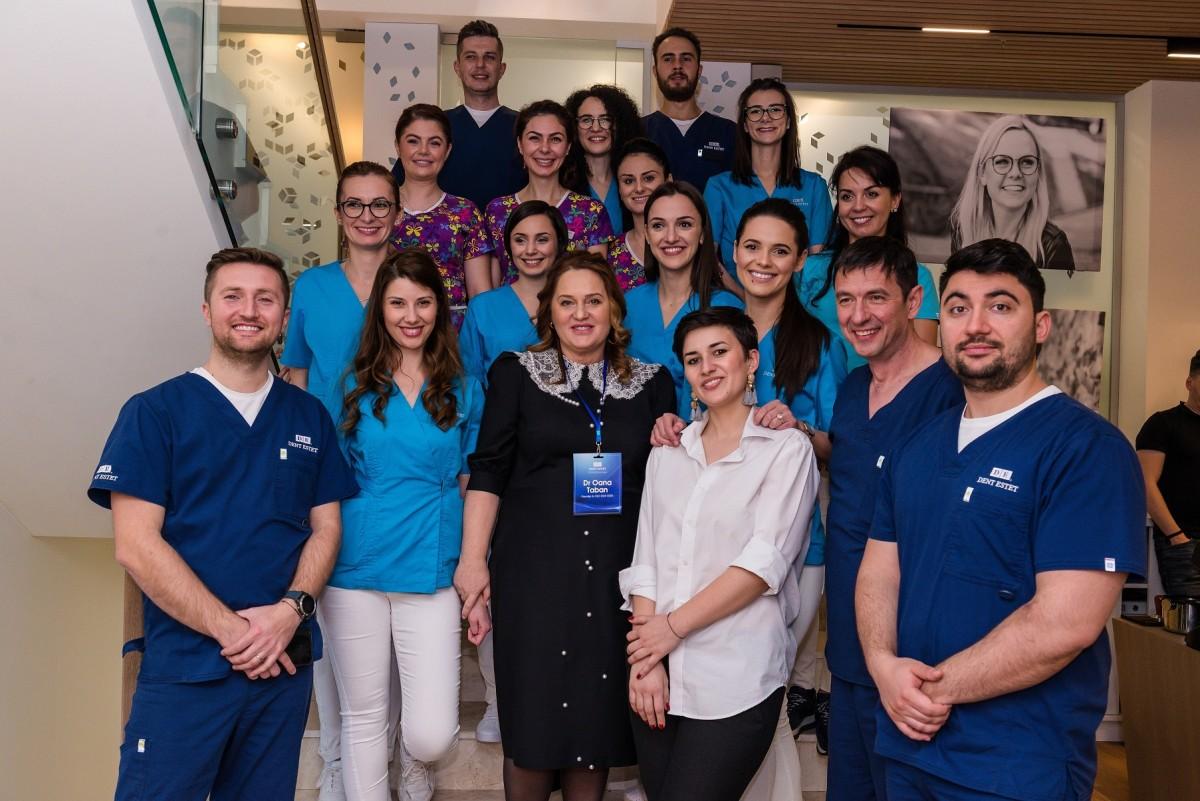 DENT ESTET Sibiu la 6 luni de activitate: medicii gestionează tot mai multe cazuri de implantologie și estetică dentară cu nivel de complexitate ridicat