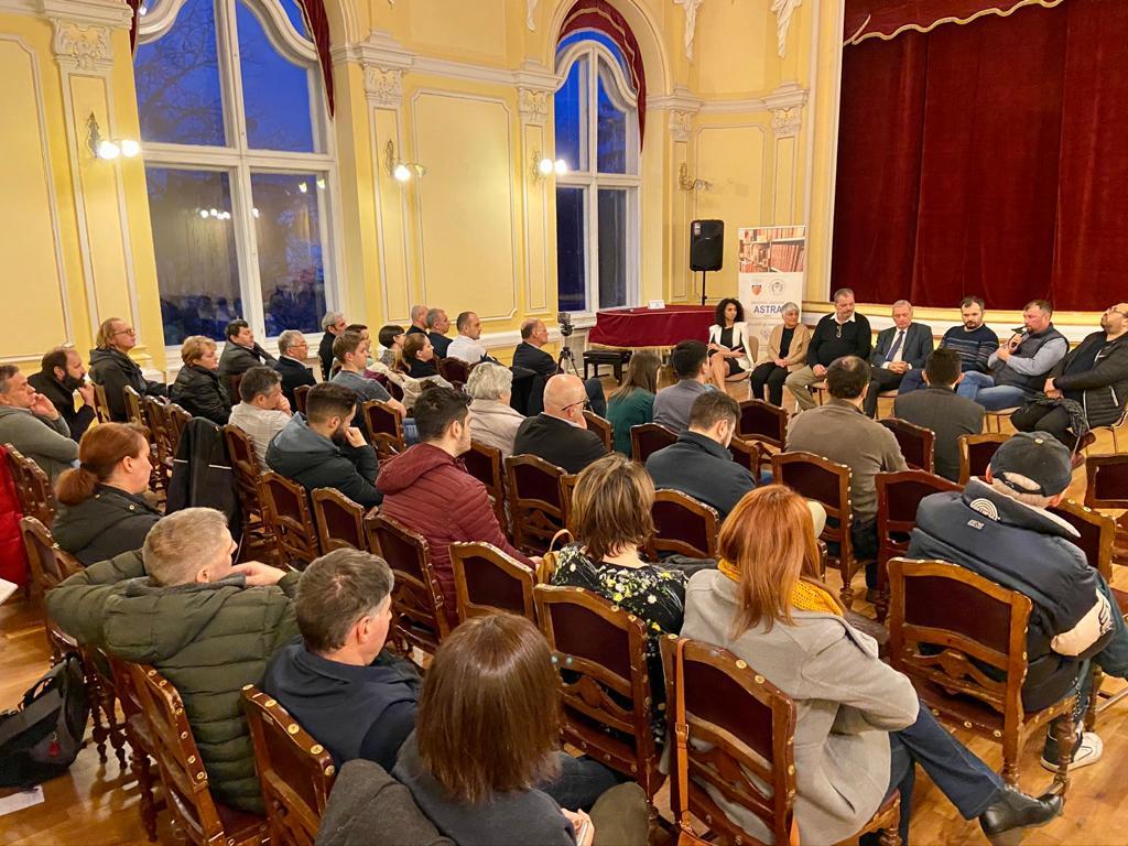 """""""Eu sunt în Sibiu din 1998, adică sunt sibian get-beget"""". Întâlnire despre diversitate"""