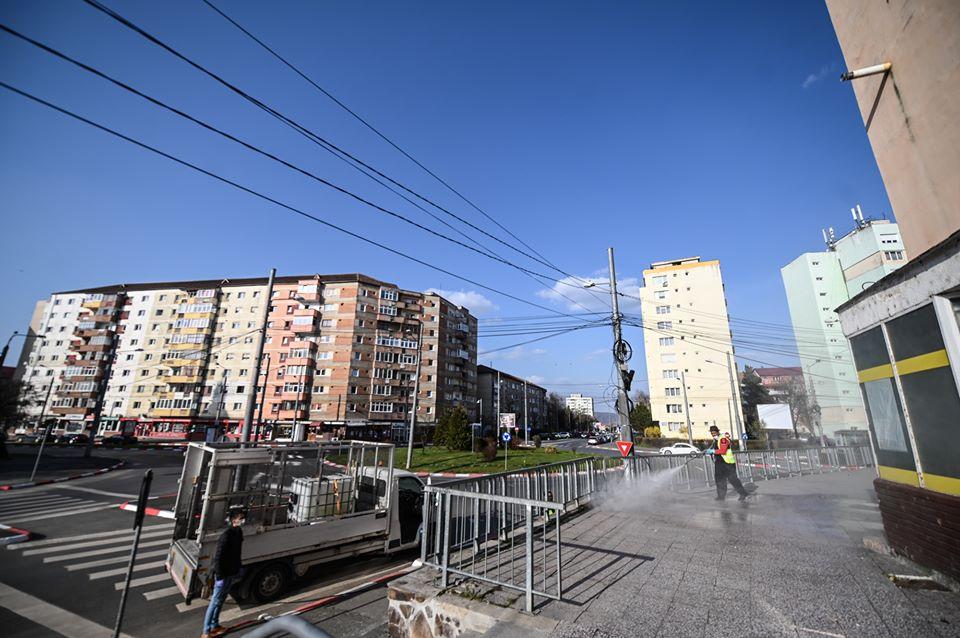 Primăria Sibiu începe dezinfecția scărilor de bloc din municipiul Sibiu