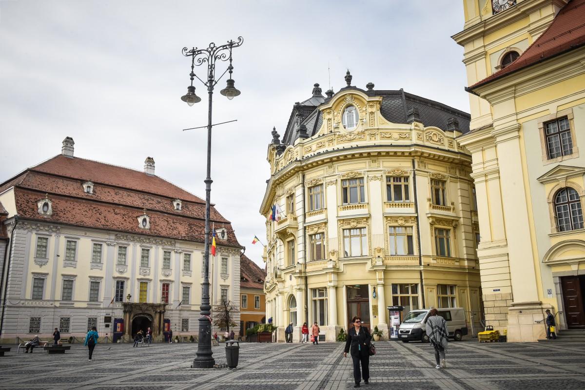 Cine vrea fotoliul de primar al Sibiului?