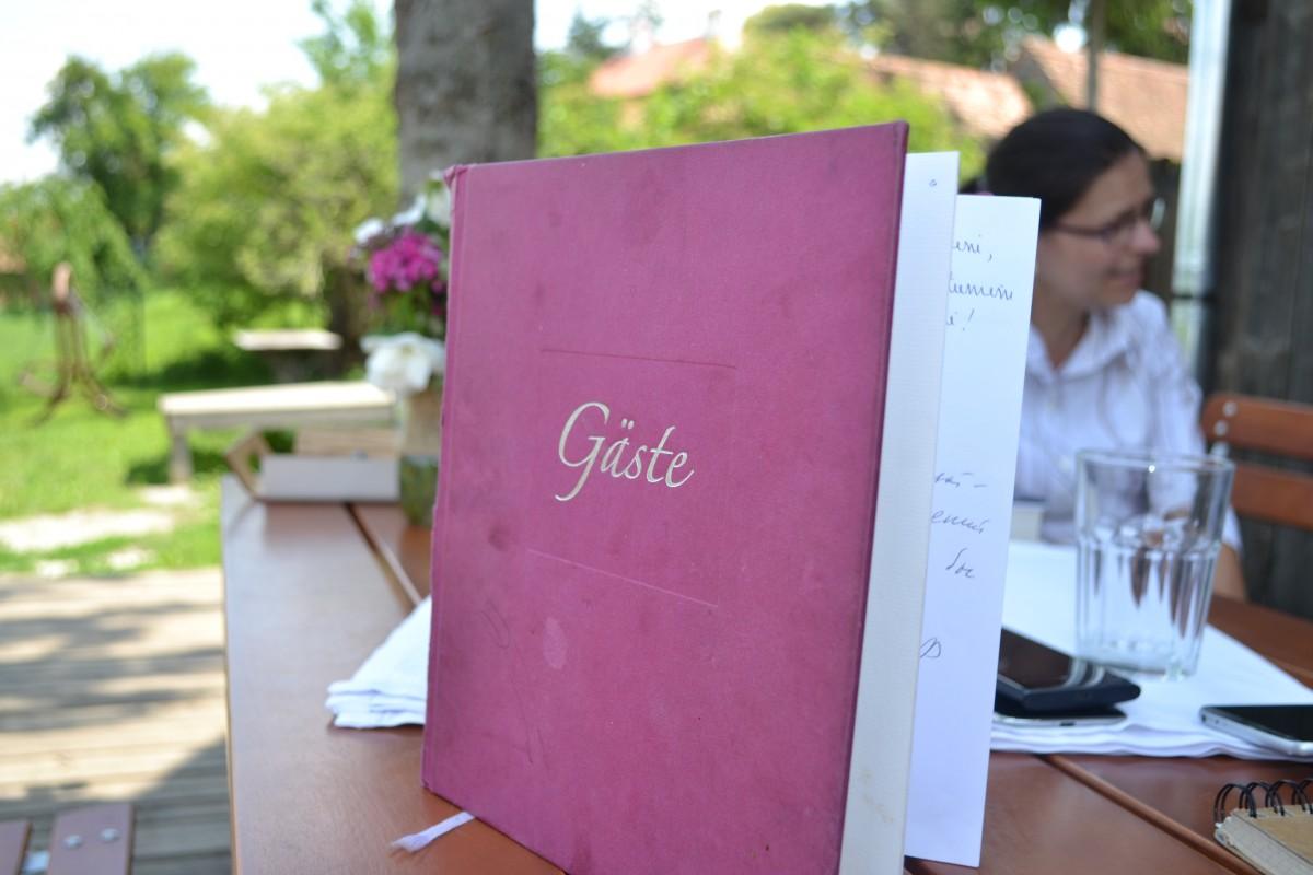 """""""Minunea"""" de la Veseud, satul oferit ca exemplu de renaștere a unei localități"""