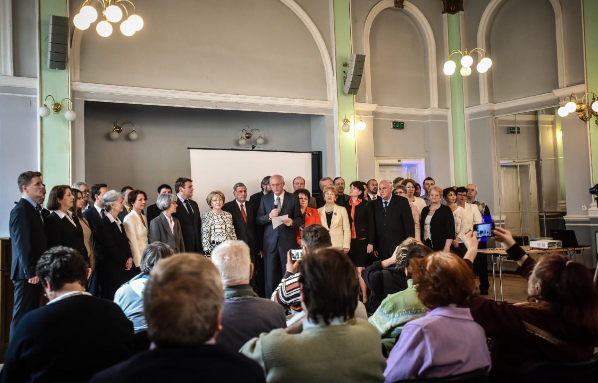 Urmează săptămâna deciziilor în FDGR Sibiu: Un singur candidat la Primărie, mai multe variante la Consiliul Județean