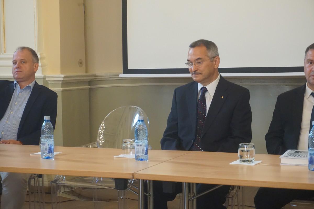 """Inginerul care a studiat istoria mobilității în Sibiu: """"Trenul interurban va apărea în Sibiu într-un viitor apropiat"""""""