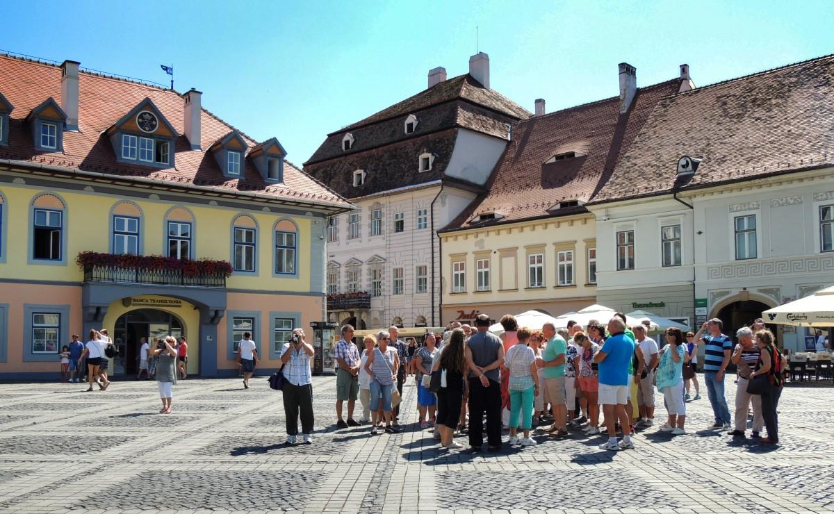 Promovează Sibiul turistic prin voluntariat în Centrul de Informare Turistică!