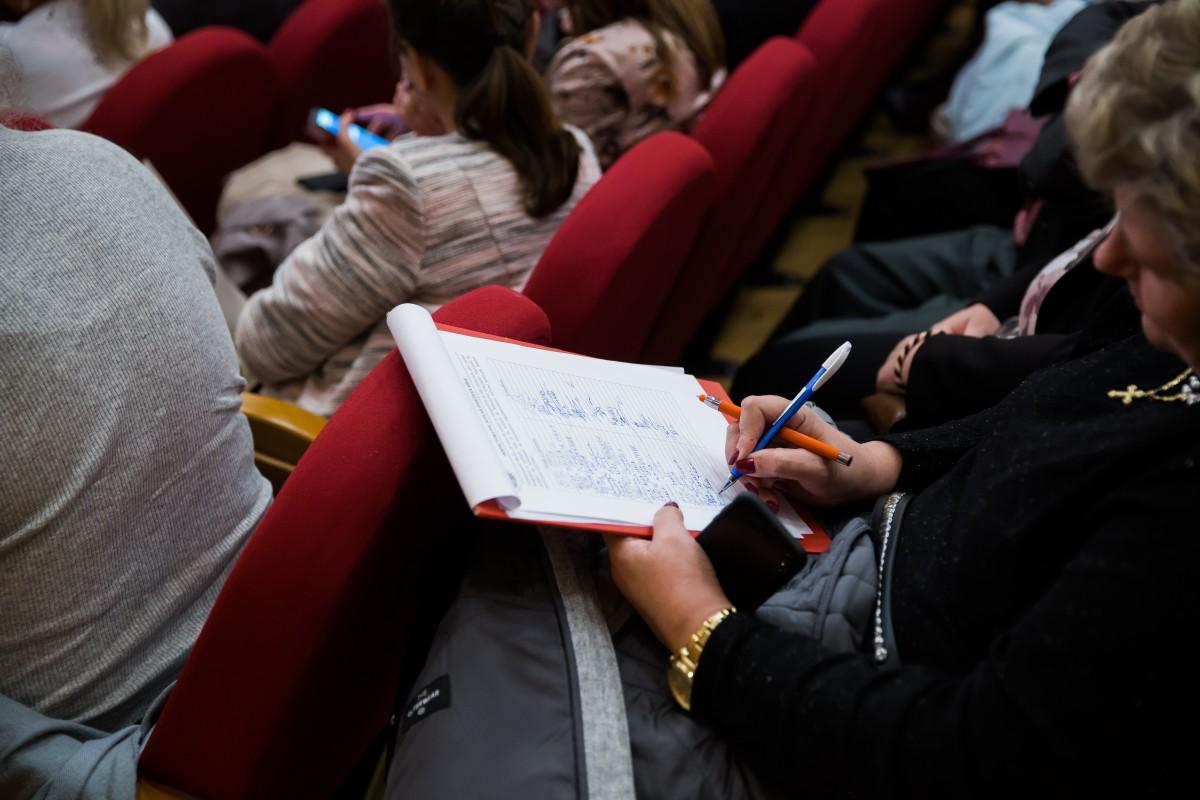 Ministerul Educației, amendat pentru că ar fi discriminat elevii maghiari