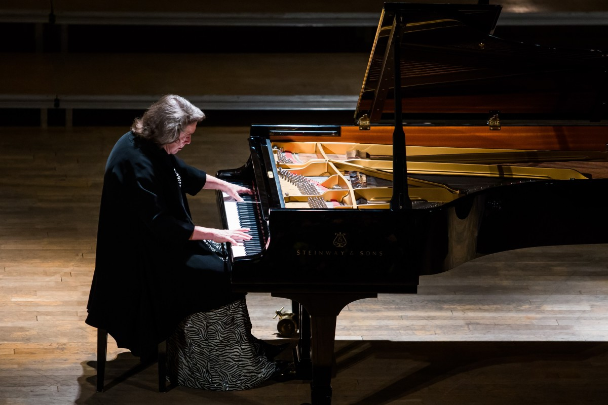 """VIDEO Beethoven, în interpretarea """"ultimei mari doamne a școlii sovietice"""", la Sibiu"""
