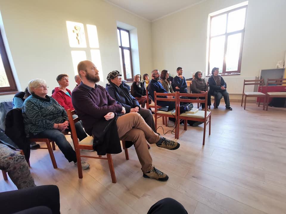 Creștinism și paradox: eveniment la Gușterița unde se va răspunde la întrebări pe care și le pun tinerii despre credință