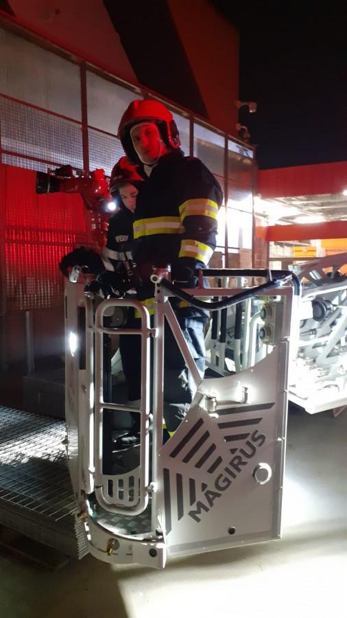 ISU Sibiu: Exercițiu de intervenție în caz de incendiu, la Hornbach FOTO