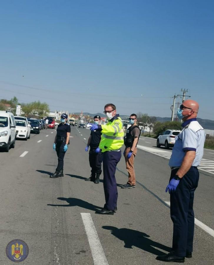 1 Mai: polițiștii vor supraveghea zonele în care se ieșea la iarbă verde