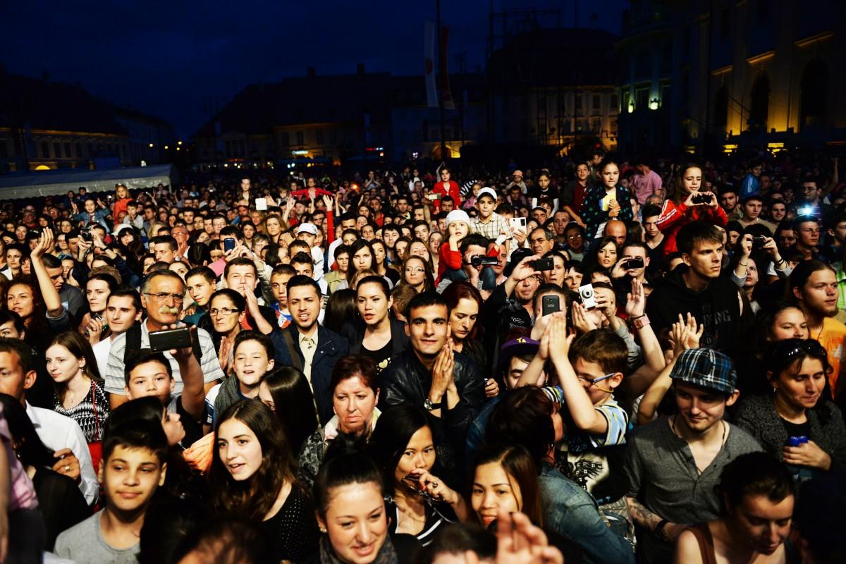 1, 2, 3, 4… Câte trupe sunt în Sibiu?