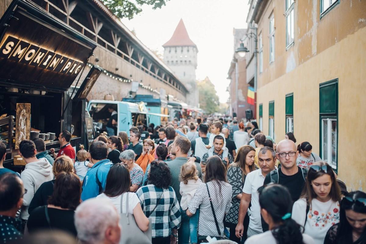 Buget: Sibiu și restul. Toate localitățile din județ nu strâng bani, cât bugetul de funcționare al administrației locale