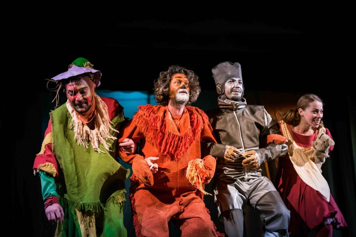 Treispectacole încheie luna februarie la Teatrul Gong