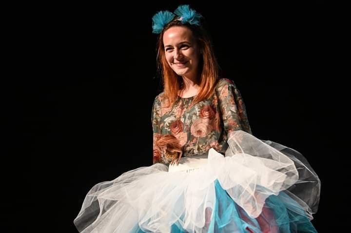 """Interviu. Actrița TNRS, Gabriela Pîrliţeanu: """"Am ajuns să fac teatru dintr-o întâmplare"""""""