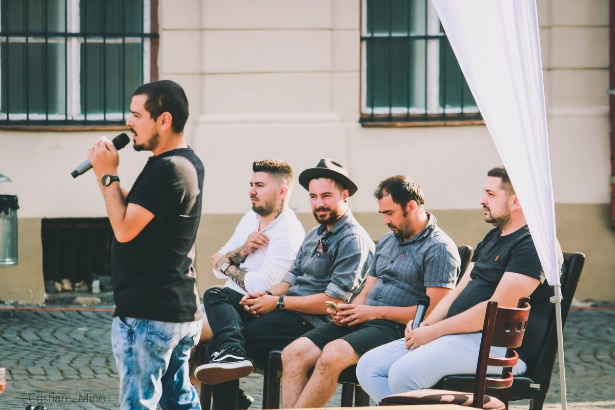 """Patru bucătari și un jurnalist, despre Sibiu Regiune Gastronomică: """"E unul prost, dar nu asta e partea cea mai rea"""""""