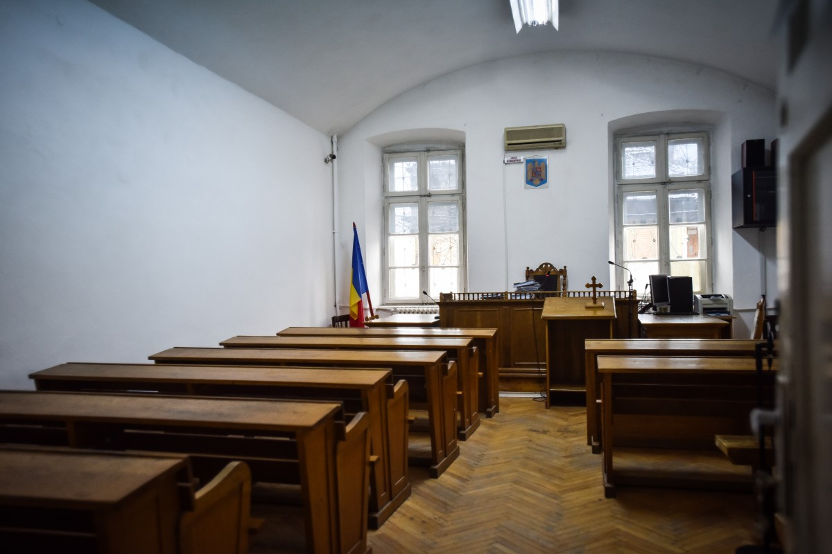 Noul coronavirus. Tribunalul Sibiu se închide publicului