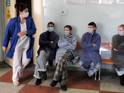 DSP Sibiu: 35 de cazuri de gripă, internate în spital, între care 20 la copii