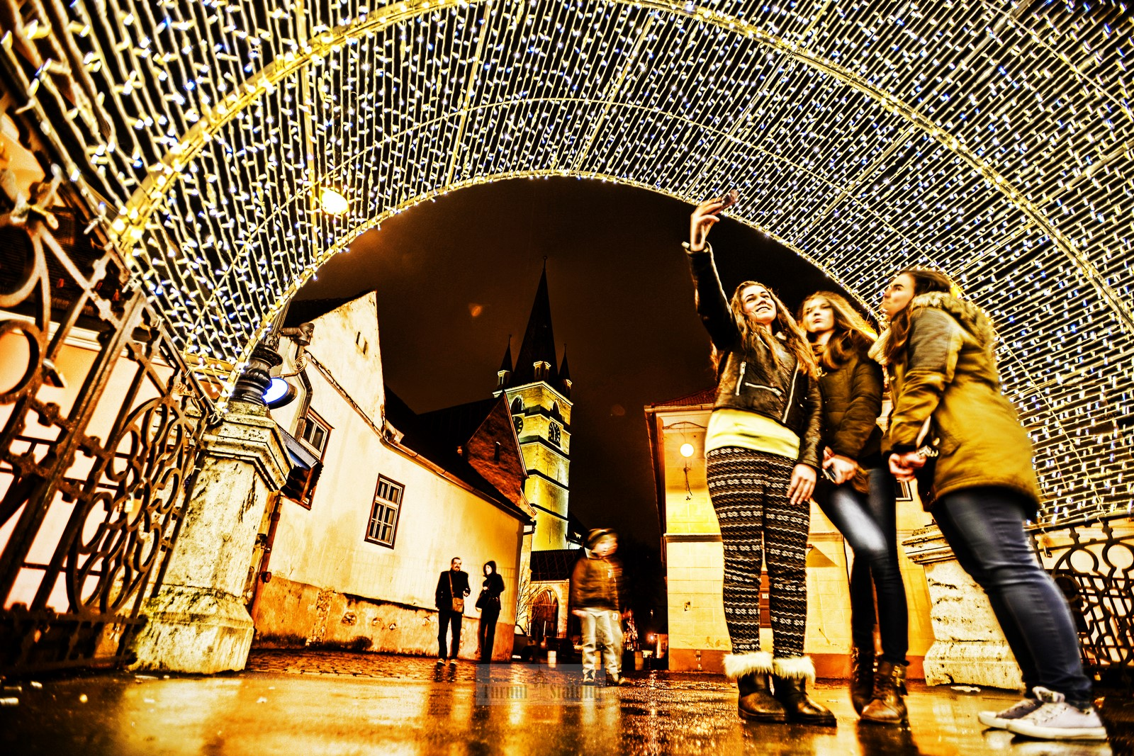 Iluminatul Sibiului, scos la licitație: 45 de milioane de lei pentru patru ani