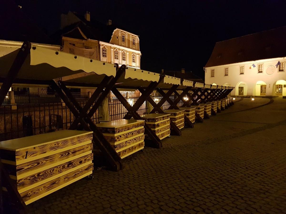 Primăria Sibiu închiriază 19 standuri pentru comercializarea de produsehand made și de artizanat în Piața Mică