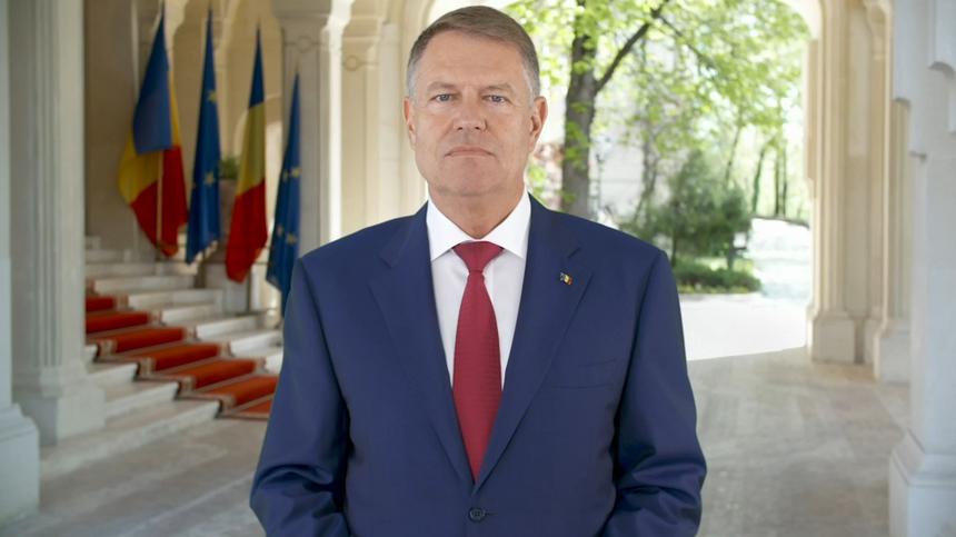 Președinte Iohannis: Ne manifestăm iubirea faţă de cei dragi tocmai renunţând să-i avem lângă noi