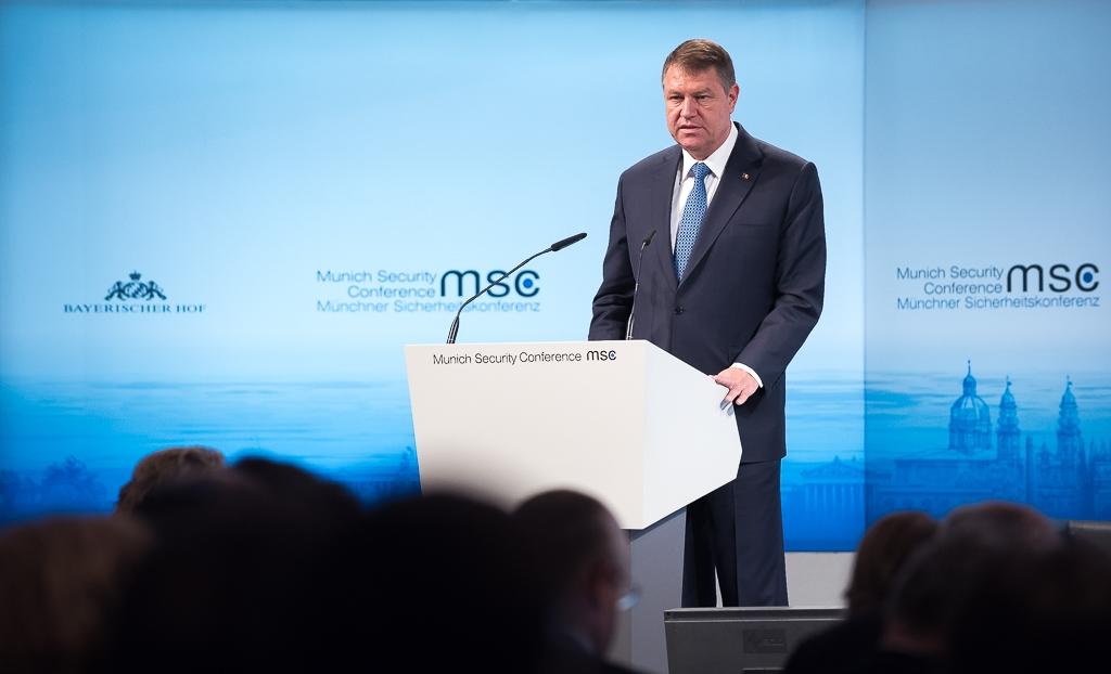 Iohannis, declarația zilei la Munchen: E mai eficient să trimitem oamenii în misiuni sub steagul UE decât o coaliție restrânsă