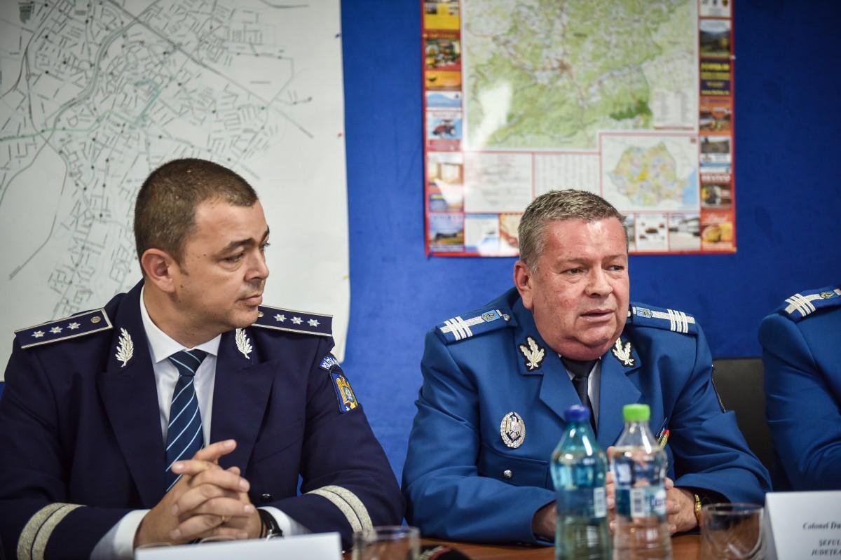 Jandarmii sibieni au armă, dar n-au tranchilizante, anunță col. Dogaru
