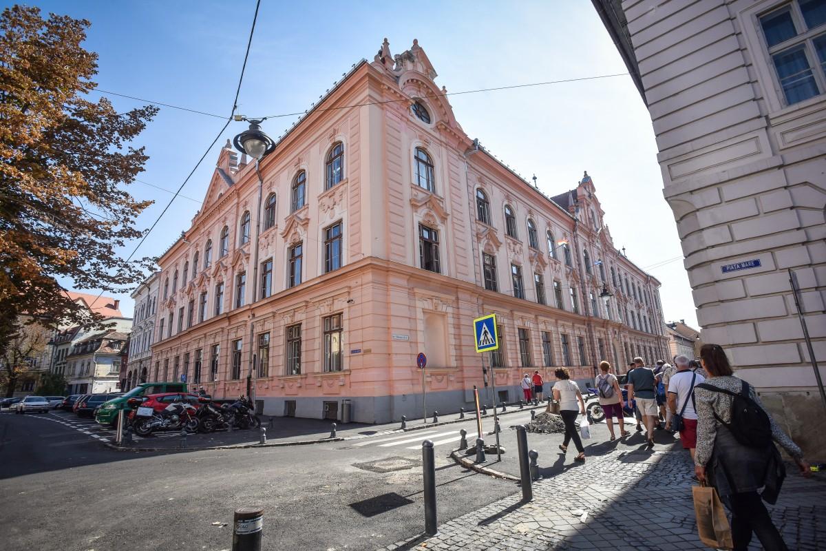 Topul celor mai bune școli din Sibiu, în funcție de rezultatele la olimpiade
