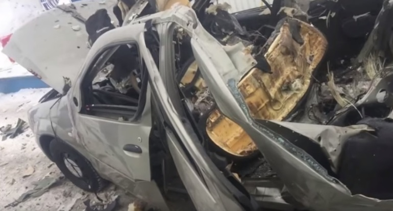 VIDEO-Omașină Dacia Logan pe gaz a explodat într-o benzinărie