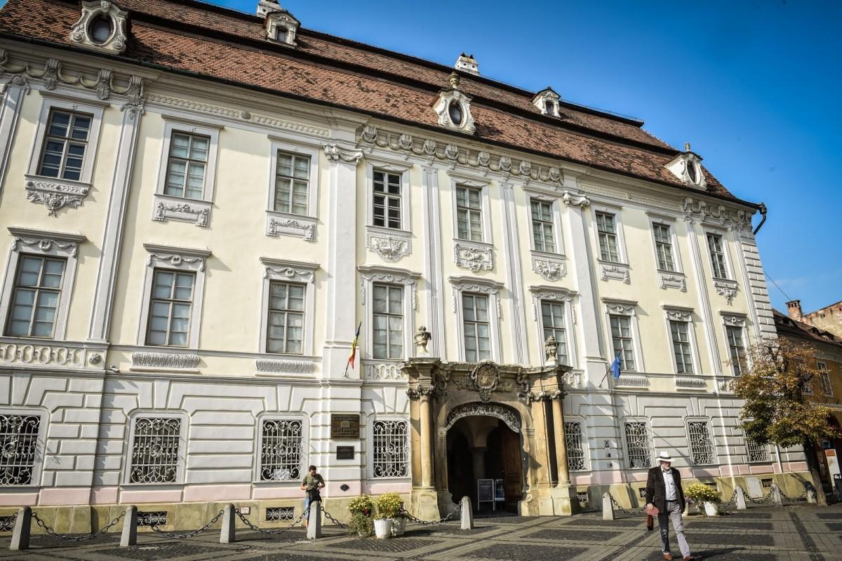 Muzeul Brukenthal, închis până în 22 martie