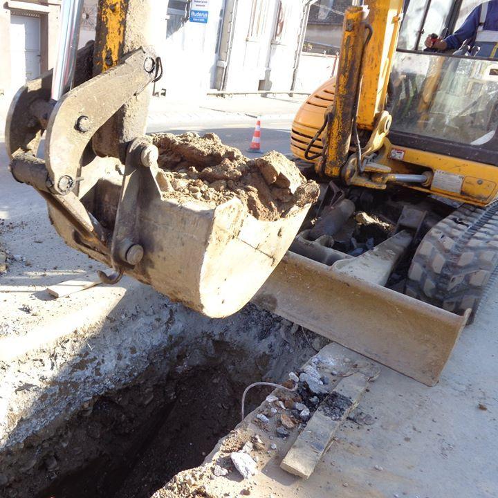 Lucrări la rețeaua de apă cu afectarea furnizării în Racovița și Mârșa