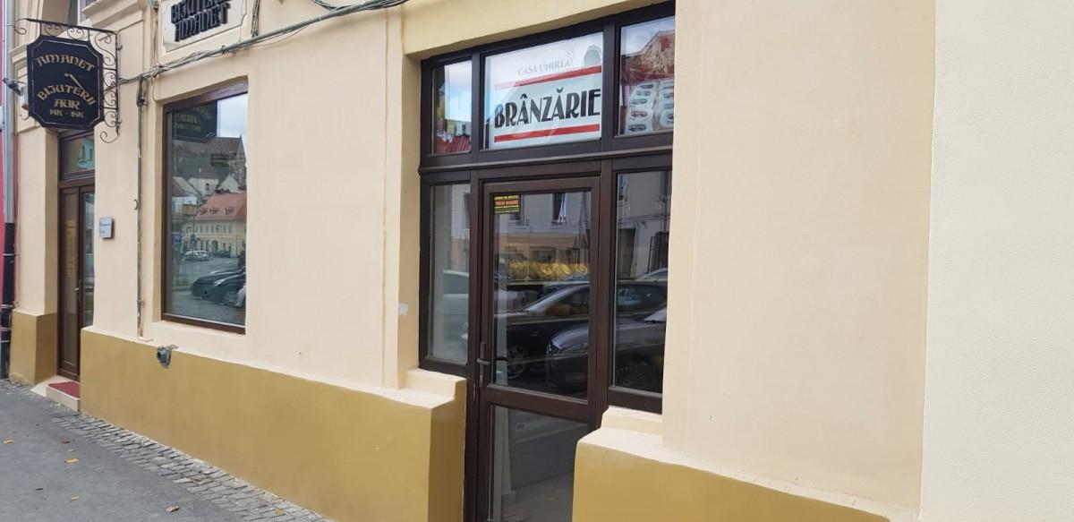 """În Sibiu se deschide primul magazin """"Unirea"""": brânzeturi exclusiv de la producătorii locali pe tot parcursul săptămânii"""