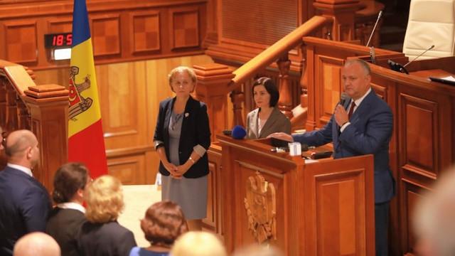 Republica Moldova a rămas iarăși fără guvern. Socialiștii și democrații audemisExecutivul condus de Maia Sandu