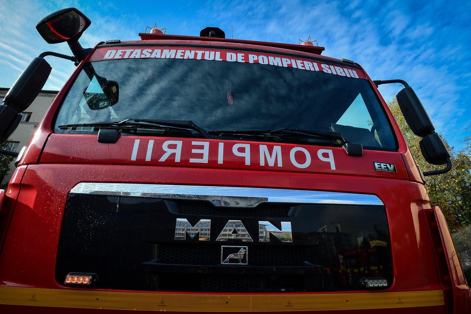 Incendiu la o bucătărie de vară de pe strada Principatele Unite