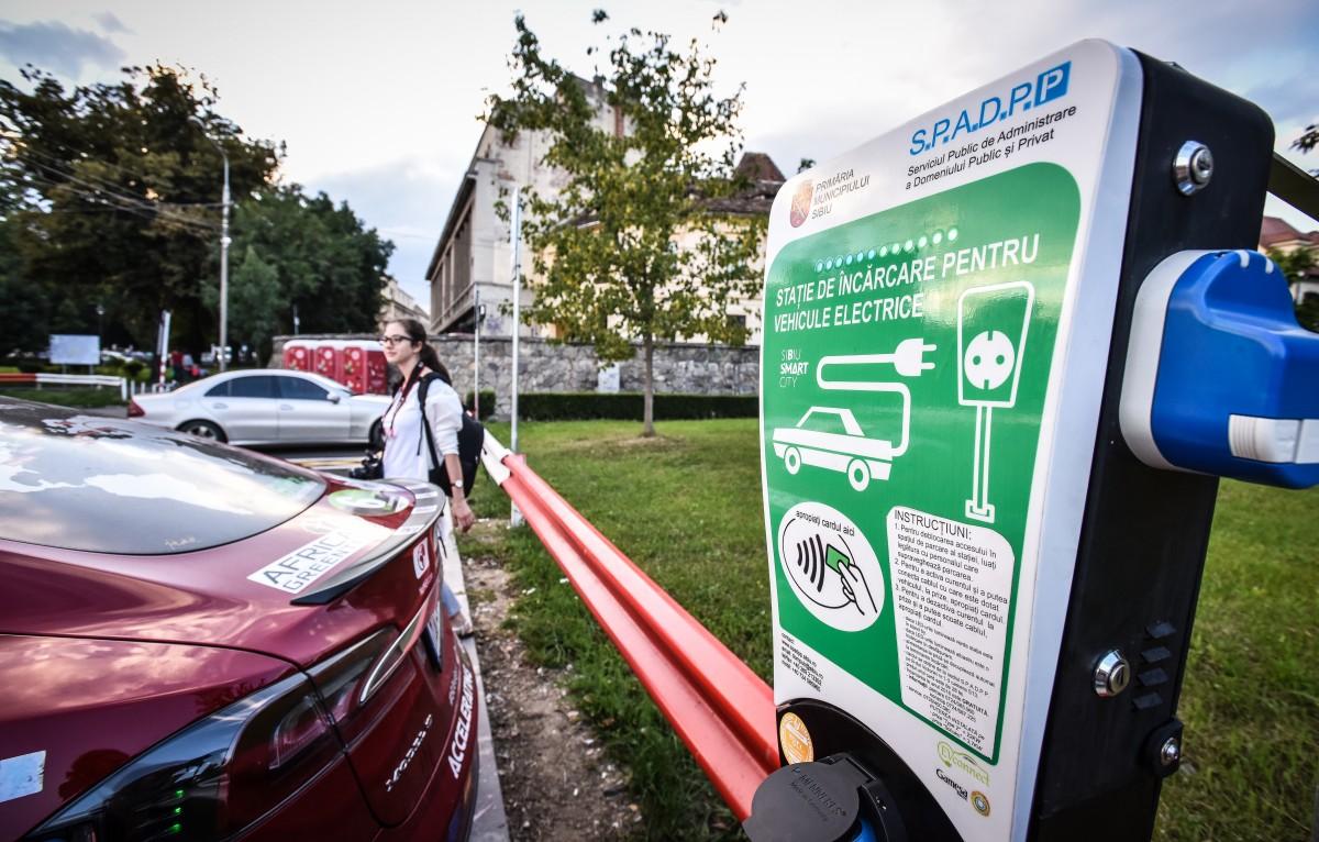Parcare gratuită pentru proprietarii de mașini electrice